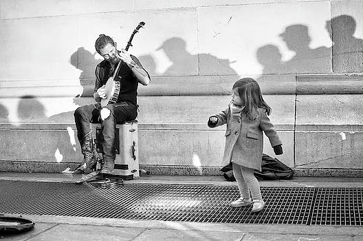Banjo by Resa Sunshine