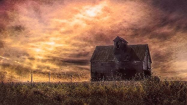 Barn on Hill by Jack Wilson