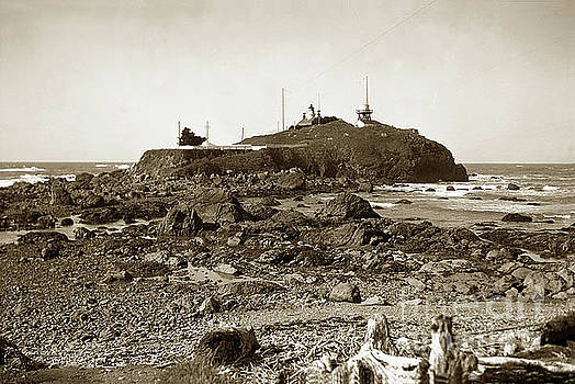 California Views Archives Mr Pat Hathaway Archives - Battery Point Light, Crescent City   Del Norte County  Circa 193