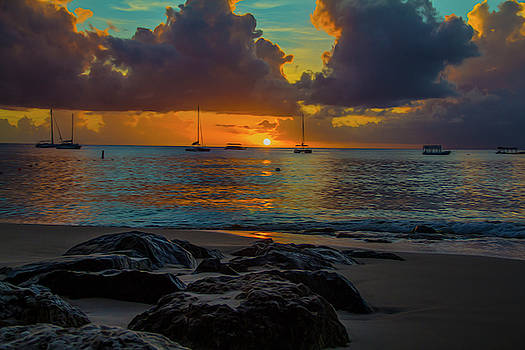 Beach at sunset by Stuart Manning