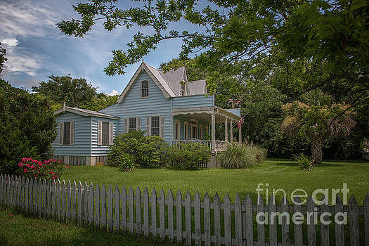 Dale Powell - Beach Cottage with White Picket Fence