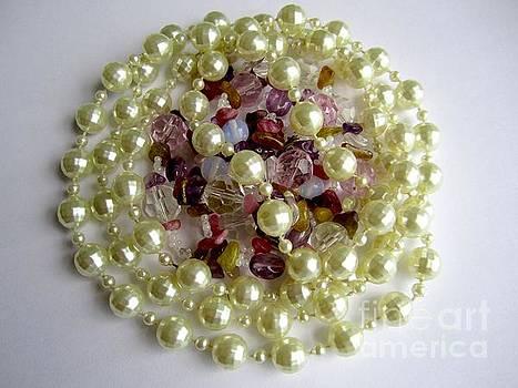 Bead circles by Inessa Williams