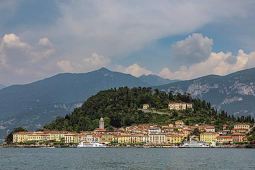 Bellagio - Italy by Joana Kruse