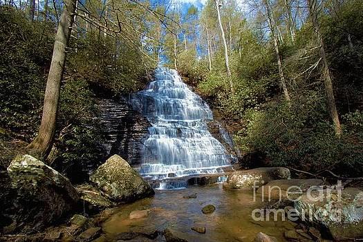 Benton Falls by Geraldine DeBoer