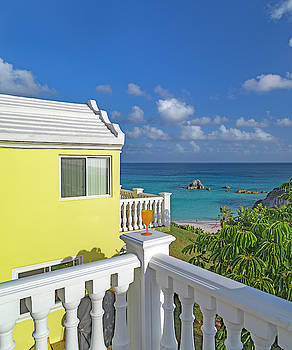 Bermuda Time to Escape by Betsy Knapp