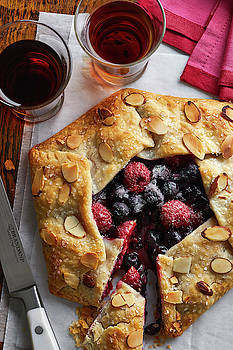 Berry Galette by Cuisine at Home