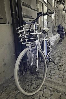 Bicycle by Chris Dahl