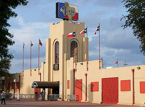 Billy Bobs Fort Worth Texas 040519 by Rospotte Photography