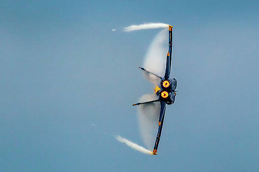 Blue Angels Vapor by Donna Corless