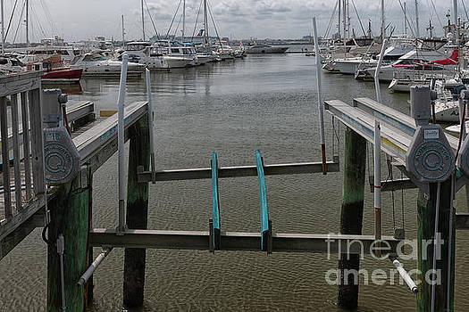 Dale Powell - Boat Lift
