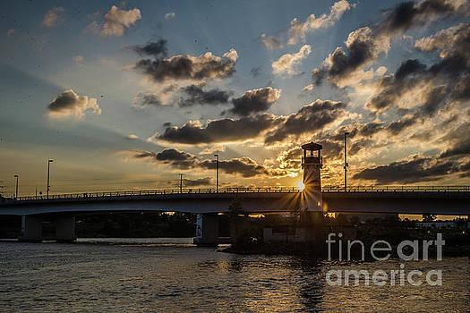 Boom Island Sunset by Habashy Photography