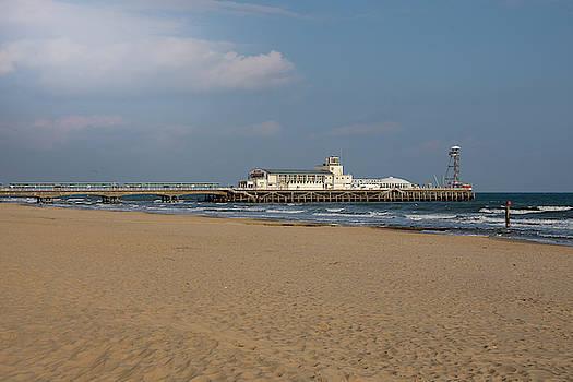 Bournemouth Pier 1 by Steev Stamford