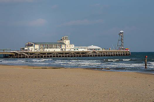 Bournemouth Pier 2 by Steev Stamford