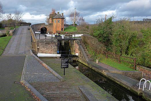 Bratch Locks high 1 by Steev Stamford