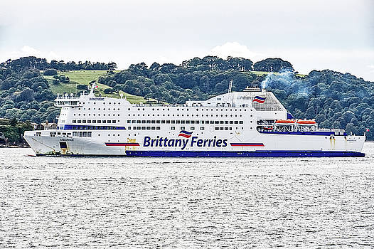 Brittany Ferries Armorique by Chris Day
