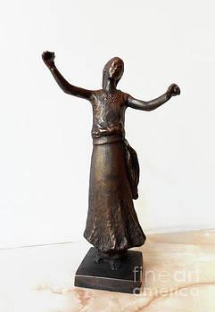 Bronze Statue of a gypsy girl dance by Nikola Litchkov