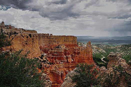 Bryce Canyon by Ernie Echols