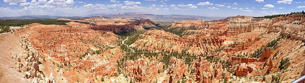 Bryce Canyon Hoodoos by Mark Duehmig
