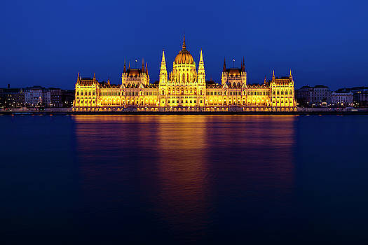 Budapest Reflection by Andrew Soundarajan