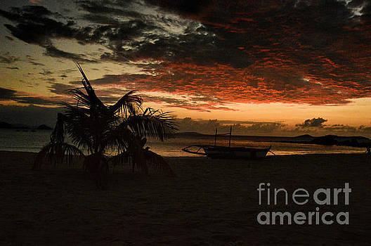 Calaguas at sunset by Yavor Mihaylov