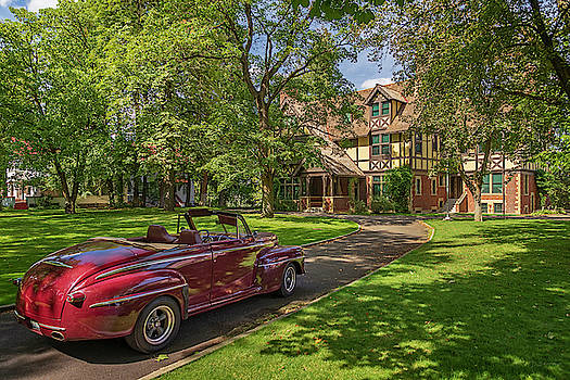 Campbell House and Ford Super Deluxe by David Sams