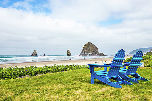 Cannon Beach and The Haystack Rock by Jordan Hill