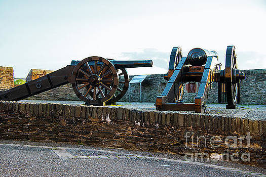 Bob Phillips - Cannons on Old City Walls