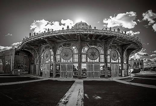 Carousel House by Steve Stanger