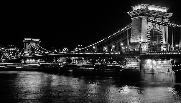Chain Bridge by Sergey Simanovsky