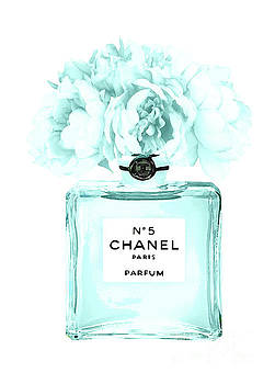 Chanel Perfume Nr.5 turquoise  by Del Art
