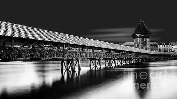 Chapel Bridge by Erik Brede