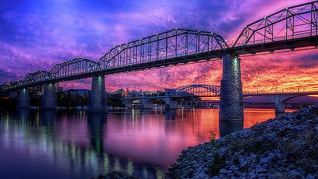 Susan Rissi Tregoning - Chattanooga Sunset