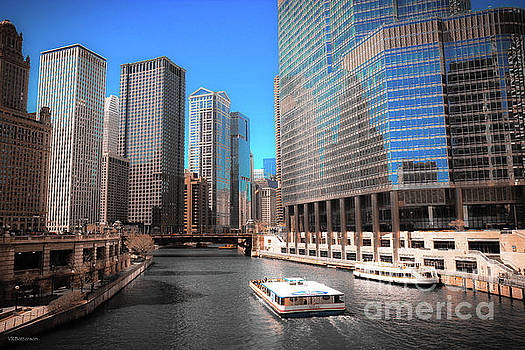 Chicago River by Veronica Batterson