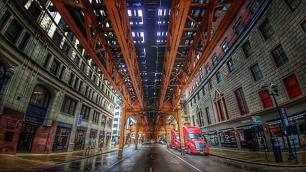 Chicago by Tom Kiebzak