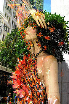 City Goddess 1 by Lisa Yount