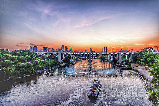 City on the Mississippi by Habashy Photography