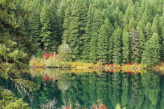 Clear lake, Oregon by LesJardins Photography