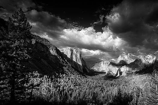 Clearing Storm over Yosemite by Andrew Soundarajan
