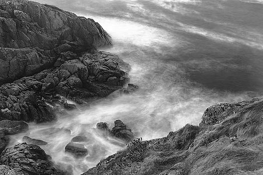 Cliffs Down Under by Kai Mueller