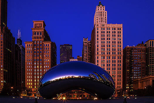 Cloudgate Chicago by Andrew Soundarajan