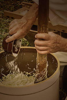 Coleslaw Maker by Guy Whiteley