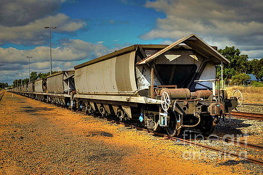 Collie River Valley Coal Wagons by Hans Peter Goepel