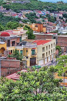 Tatiana Travelways - Colorful buildings in Guanajuato, Mexico
