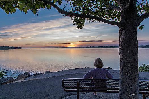Columbia River Sunset by Jurgen Lorenzen
