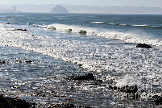 Crashing Waves by Katherine Erickson