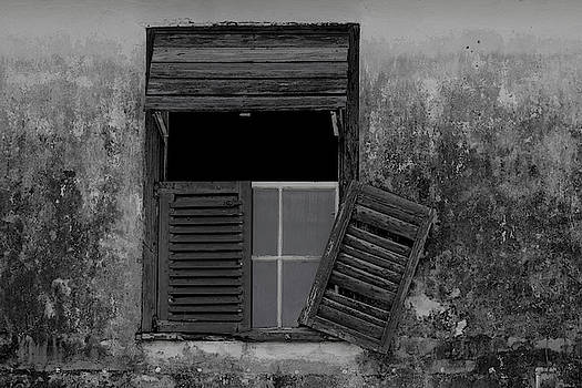 Crumblling window by Stuart Manning