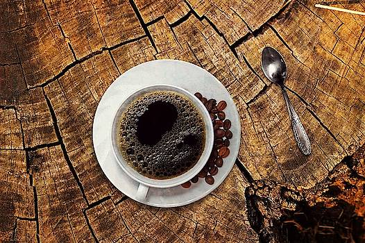 Cup of coffe on wood by Top Wallpapers