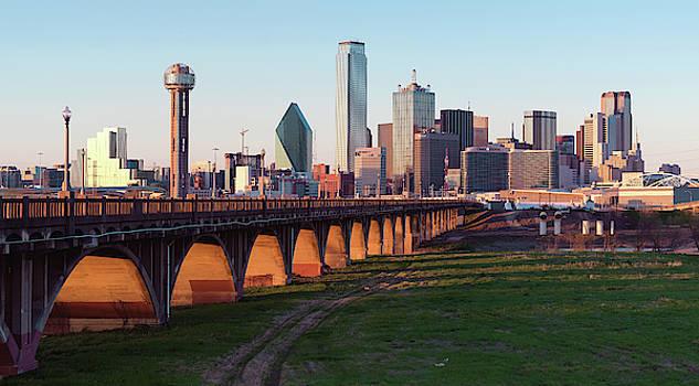 Dallas Skyline V2 032019 by Rospotte Photography