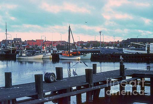 Bob Phillips - Danish Port