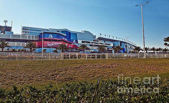 Daytona International Speedway 17ROLEX001 by Howard Stapleton